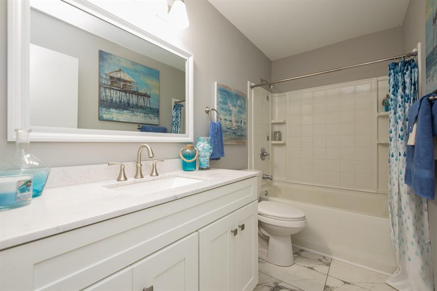 Real Estate Photography - 2279 Copley Street, Aurora, IL, 60506 - 2nd Bathroom