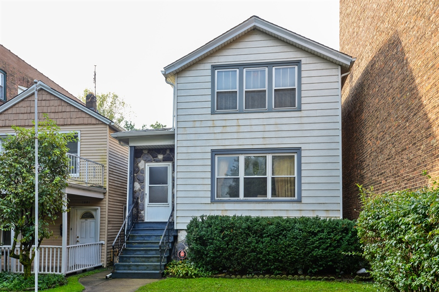 Real Estate Photography - 2011 W. Lunt Avenue, Chicago, IL, 60645 - Front View
