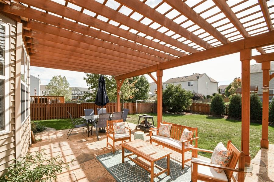 Real Estate Photography - 2710 Eastview Dr, Joliet, IL, 60432 - Patio