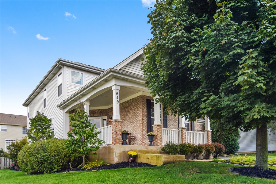 Real Estate Photography - 649 Windett Lane, Geneva, IL, 60134 - Front View