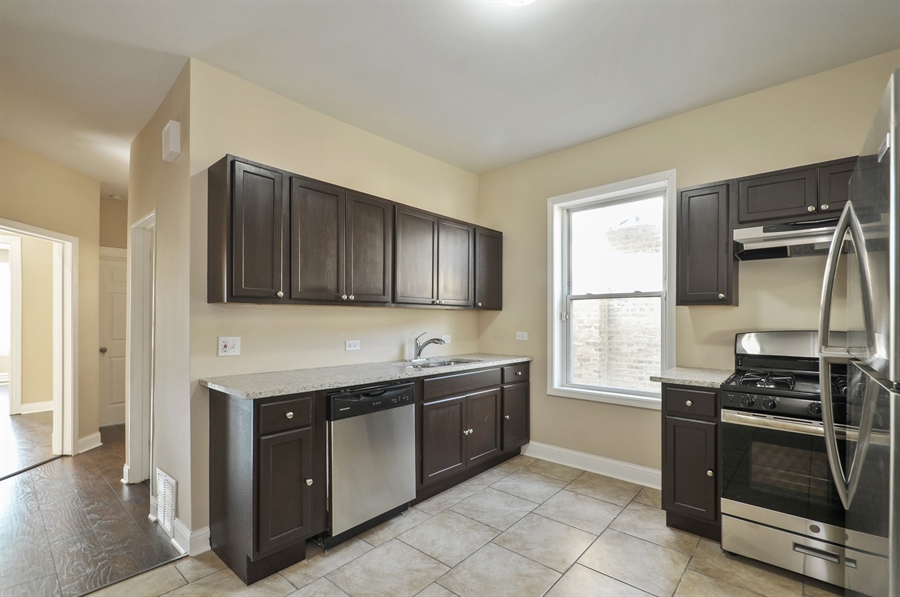 Real Estate Photography - 1515 N. Linder Avenue, Chicago, IL, 60651 - Kitchen