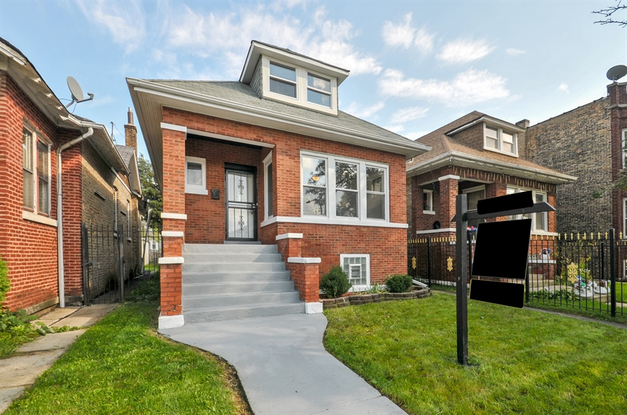 Real Estate Photography - 1515 N. Linder Avenue, Chicago, IL, 60651 - Front View