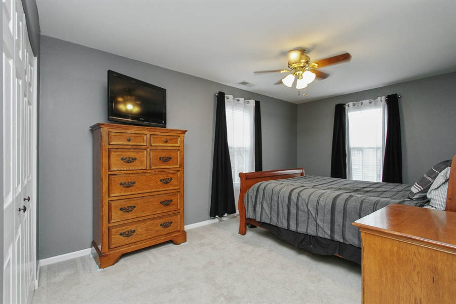 Real Estate Photography - 745 Dillon Court, Grayslake, IL, 60030 - 2nd Bedroom