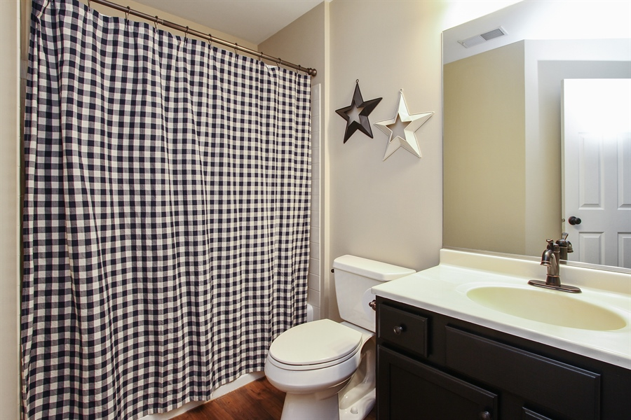 Real Estate Photography - 745 Dillon Court, Grayslake, IL, 60030 - Bathroom