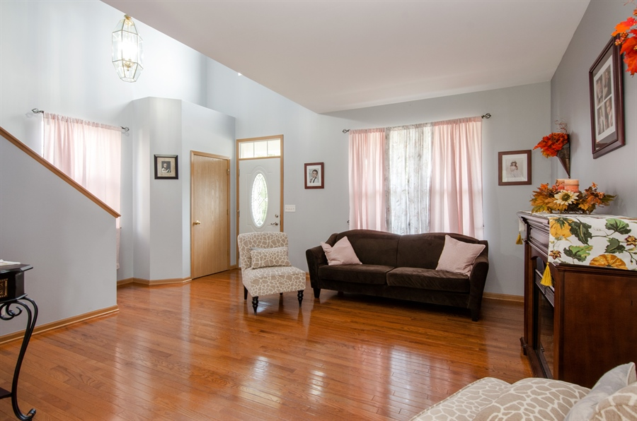Real Estate Photography - 265 ALPINE Drive, Gilberts, IL, 60136 - Living Room