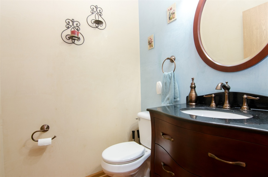 Real Estate Photography - 265 ALPINE Drive, Gilberts, IL, 60136 - Powder Room