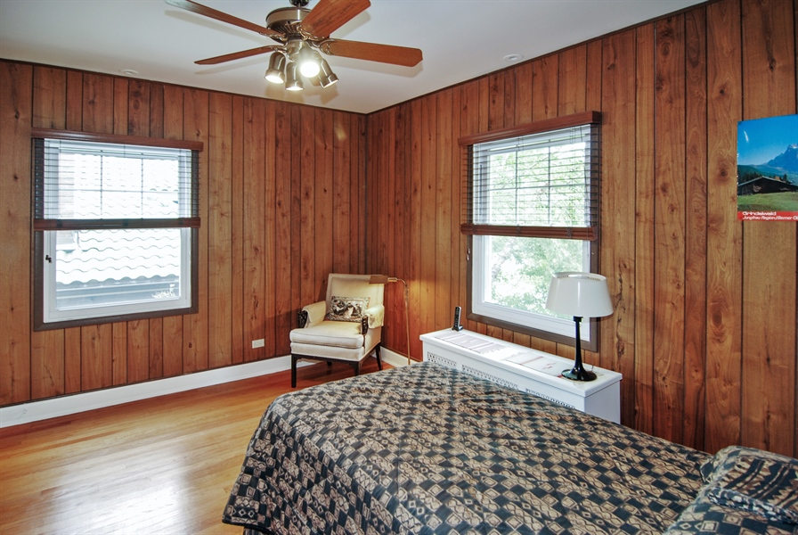 Real Estate Photography - 945 N. Elmwood Avenue, Oak Park, IL, 60302 - 4th Bedroom