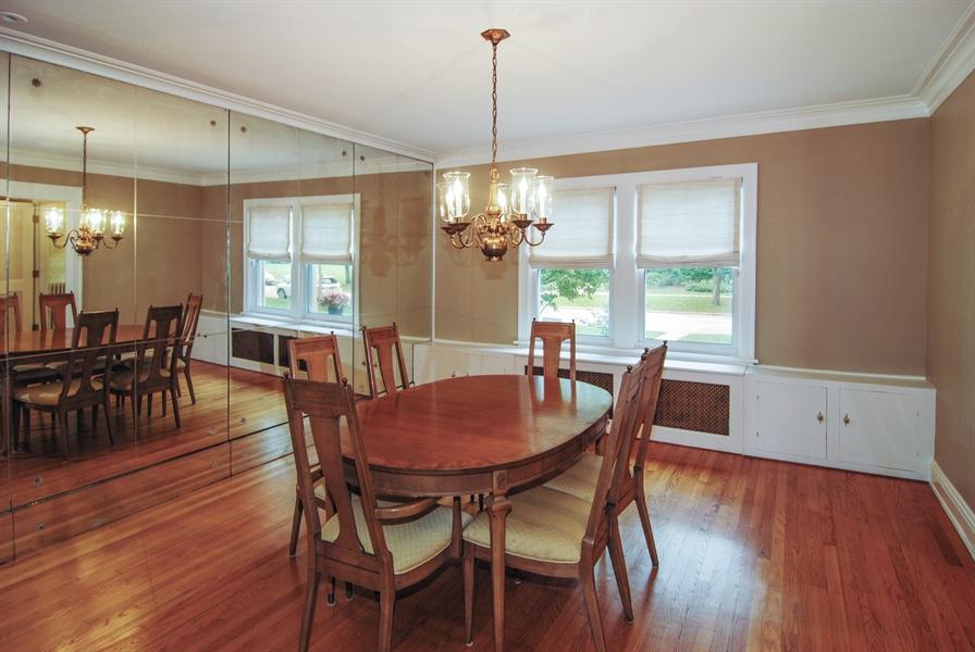 Real Estate Photography - 945 N. Elmwood Avenue, Oak Park, IL, 60302 - Dining Room