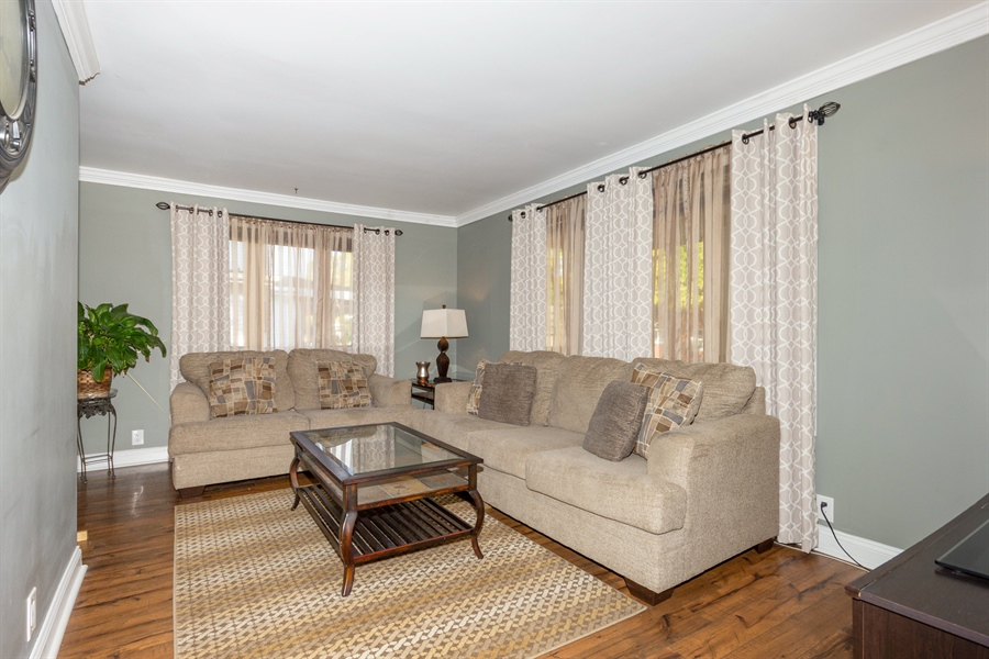 Real Estate Photography - 127 LAUREL Street, Wilmington, IL, 60481 - Living Room
