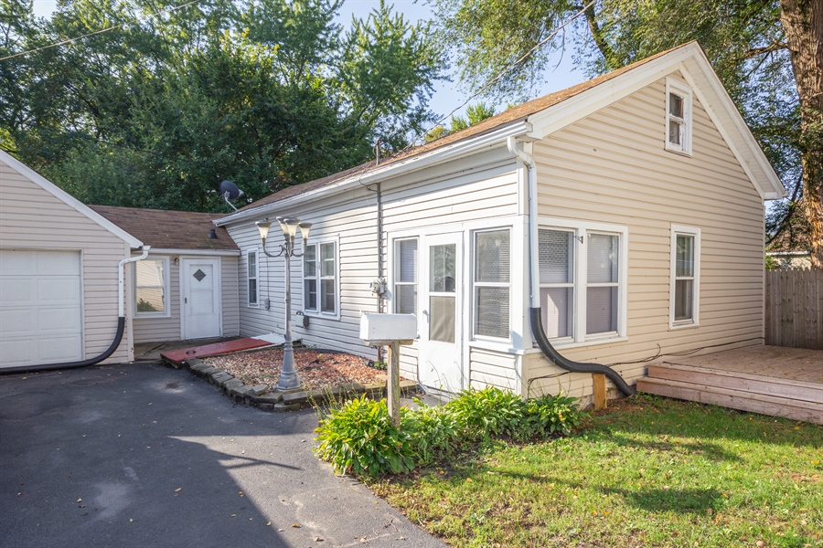 Real Estate Photography - 127 LAUREL Street, Wilmington, IL, 60481 - Guest House