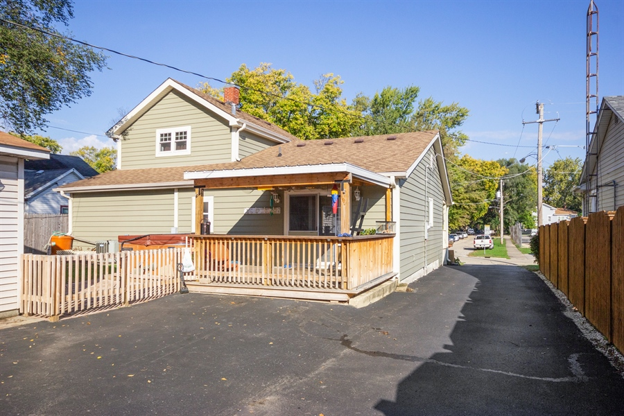Real Estate Photography - 127 LAUREL Street, Wilmington, IL, 60481 - Rear View