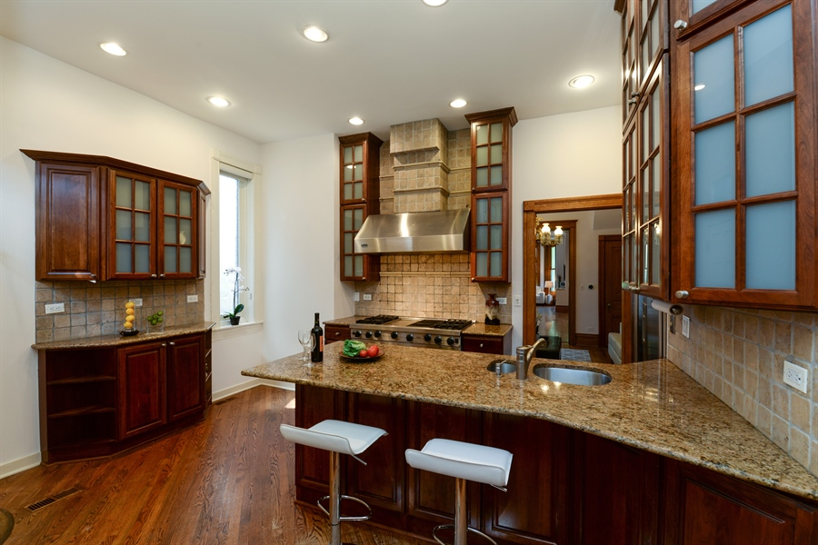 Real Estate Photography - 639 West Surf St, Chicago, IL, 60657 - Kitchen