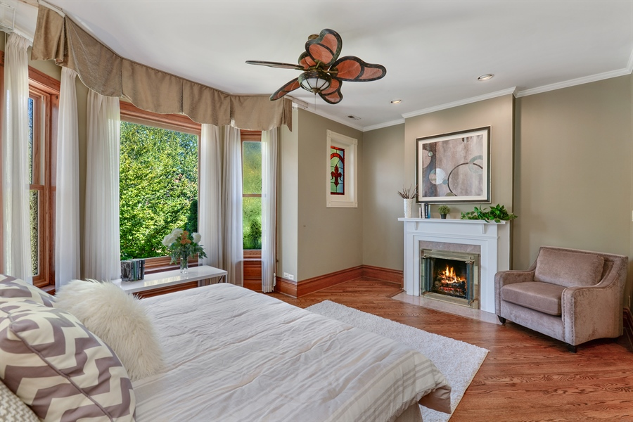 Real Estate Photography - 639 West Surf St, Chicago, IL, 60657 - Master Bedroom