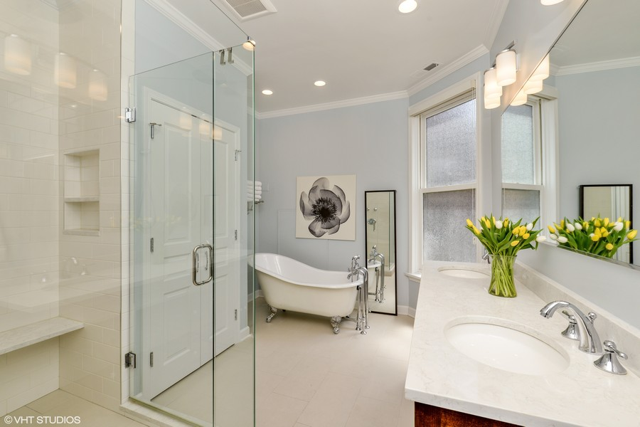 Real Estate Photography - 639 West Surf St, Chicago, IL, 60657 - Master Bathroom