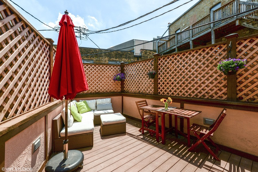 Real Estate Photography - 639 West Surf St, Chicago, IL, 60657 - Roof Deck