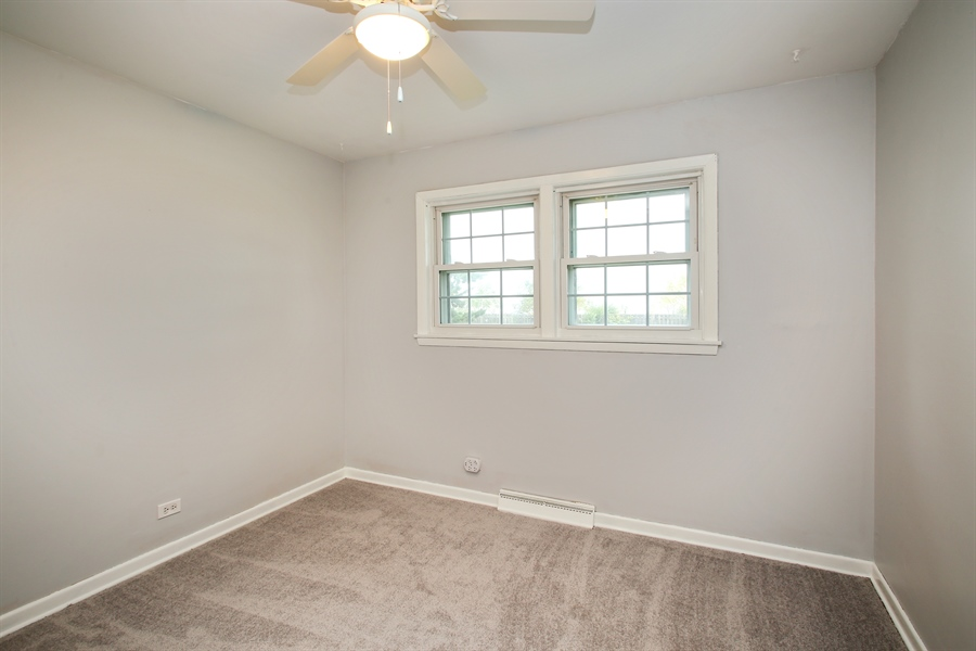 Real Estate Photography - 805 Dierking Terrace, Elk Grove Village, IL, 60007 - 2nd Bedroom