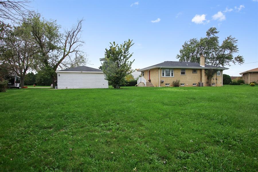 Real Estate Photography - 805 Dierking Terrace, Elk Grove Village, IL, 60007 - Rear View