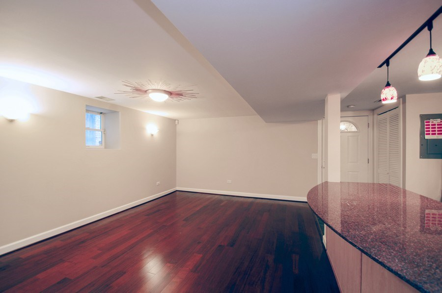 Real Estate Photography - 945 West Agatite Ave, G, Chicago, IL, 60640 - Dining Room
