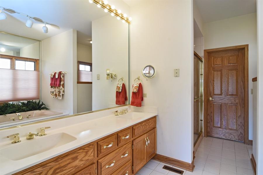 Real Estate Photography - 1521 Pendelton Court, Palatine, IL, 60067 - Master Bathroom