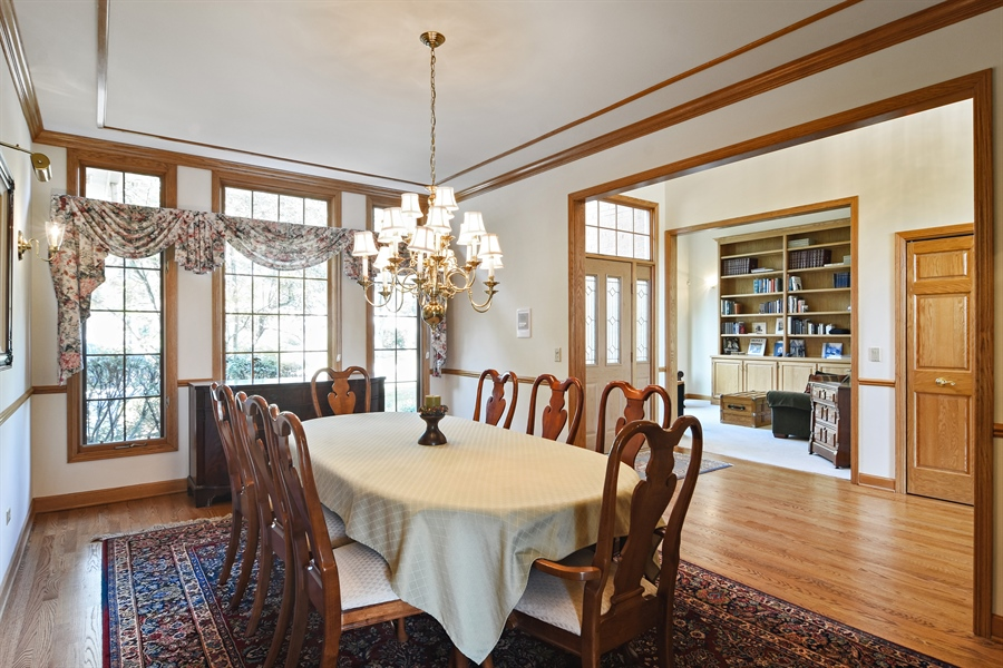 Real Estate Photography - 1521 Pendelton Court, Palatine, IL, 60067 - Dining Room