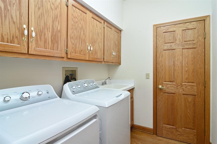 Real Estate Photography - 1521 Pendelton Court, Palatine, IL, 60067 - Laundry Room