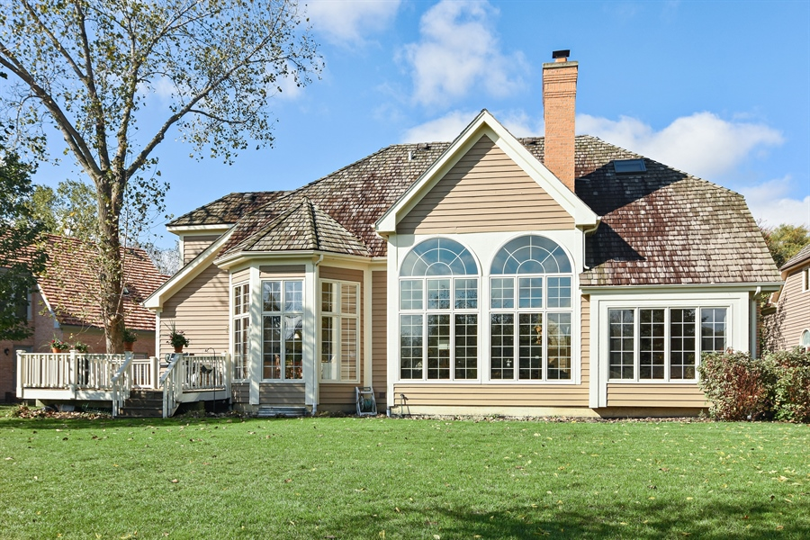 Real Estate Photography - 1521 Pendelton Court, Palatine, IL, 60067 - Rear View