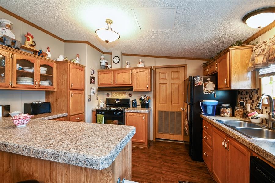 Real Estate Photography - 4848 Augusta Blvd, Monee, IL, 60449 - Kitchen