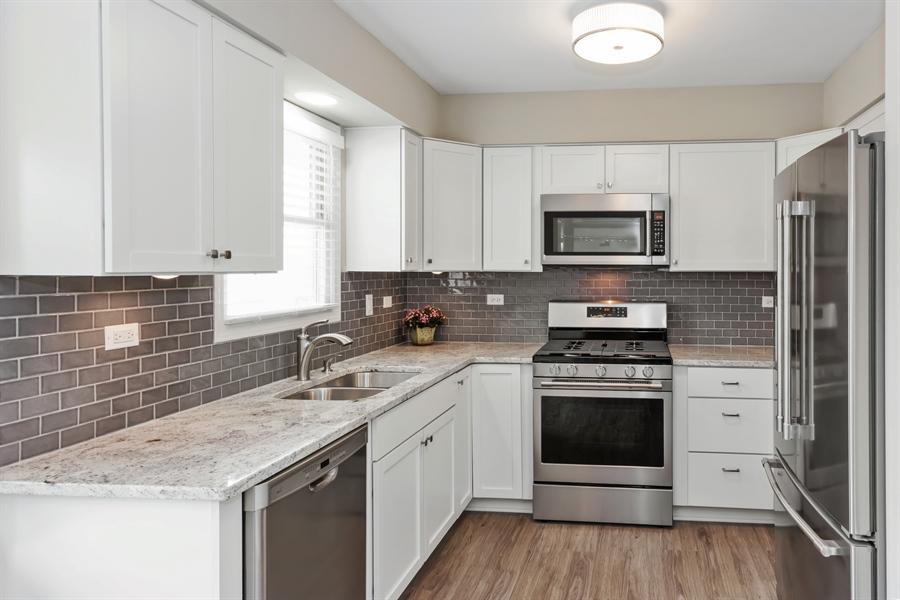Real Estate Photography - 2114 Lolo Pass Drive, Plainfield, IL, 60586 - Kitchen