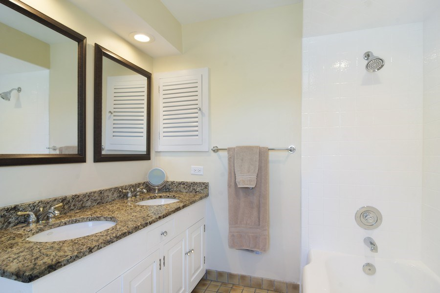 Real Estate Photography - 350 Cumnock Road, Inverness, IL, 60067 - Master Bathroom