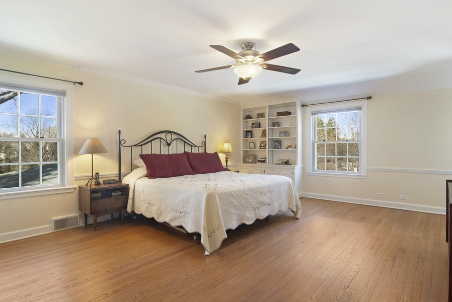 Real Estate Photography - 350 Cumnock Road, Inverness, IL, 60067 - Master Bedroom
