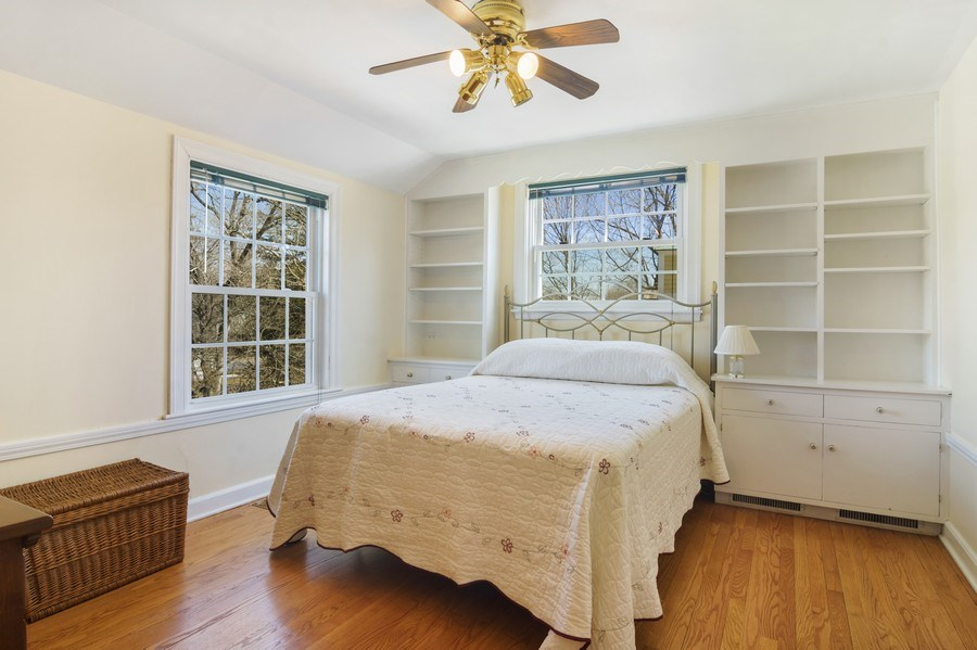 Real Estate Photography - 350 Cumnock Road, Inverness, IL, 60067 - 4th Bedroom