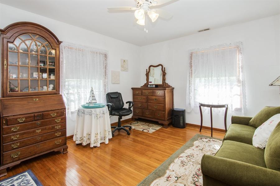 Real Estate Photography - 100 Carpenter Boulevard, Carpentersville, IL, 60110 - 2nd Bedroom