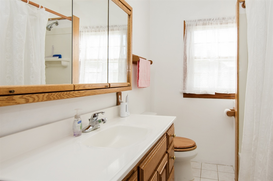 Real Estate Photography - 100 Carpenter Boulevard, Carpentersville, IL, 60110 - Bathroom