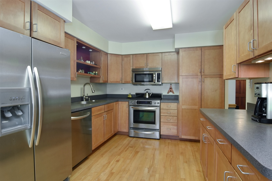 Real Estate Photography - 234 N. Norman Drive, Palatine, IL, 60074 - Kitchen