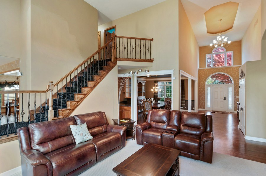 Real Estate Photography - 1084 CHADWICK Court, Aurora, IL, 60502 - Living Room