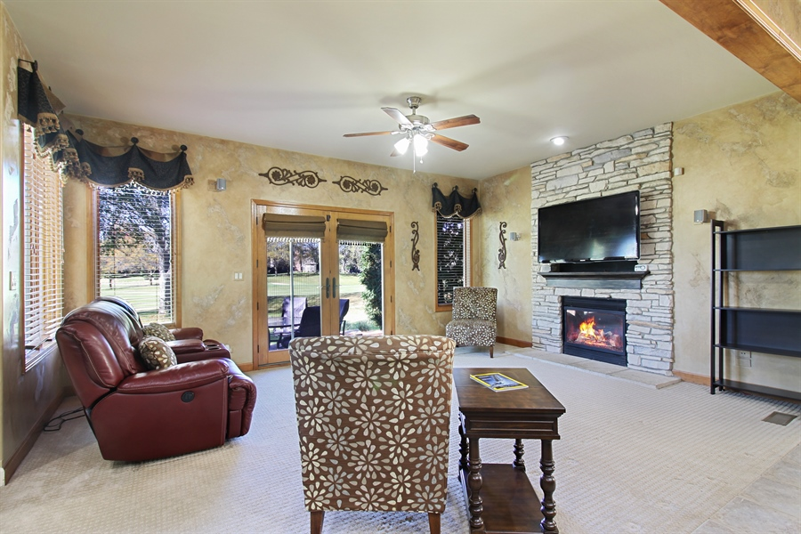 Real Estate Photography - 1084 CHADWICK Court, Aurora, IL, 60502 - Family Room