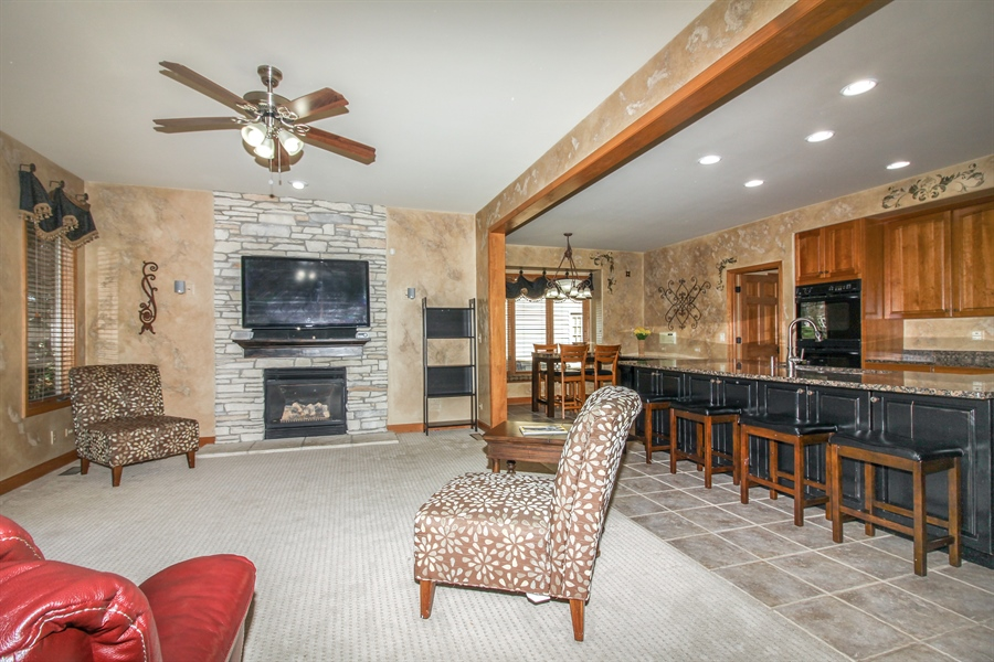 Real Estate Photography - 1084 CHADWICK Court, Aurora, IL, 60502 - Family Room / Kitchen