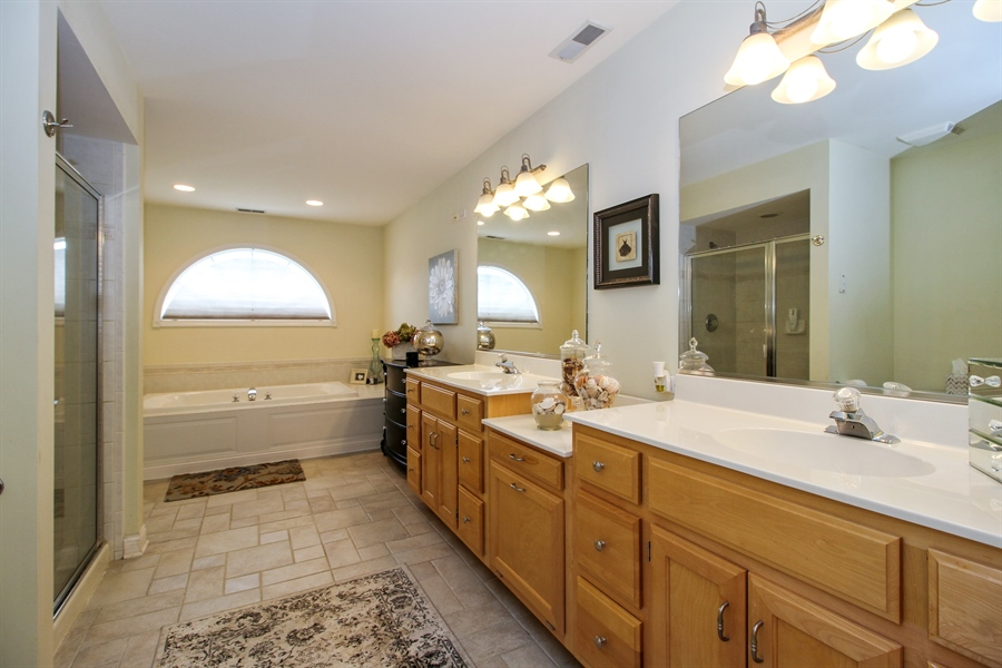 Real Estate Photography - 11313 Stoll Road, Frankfort, IL, 60423 - Master Bathroom