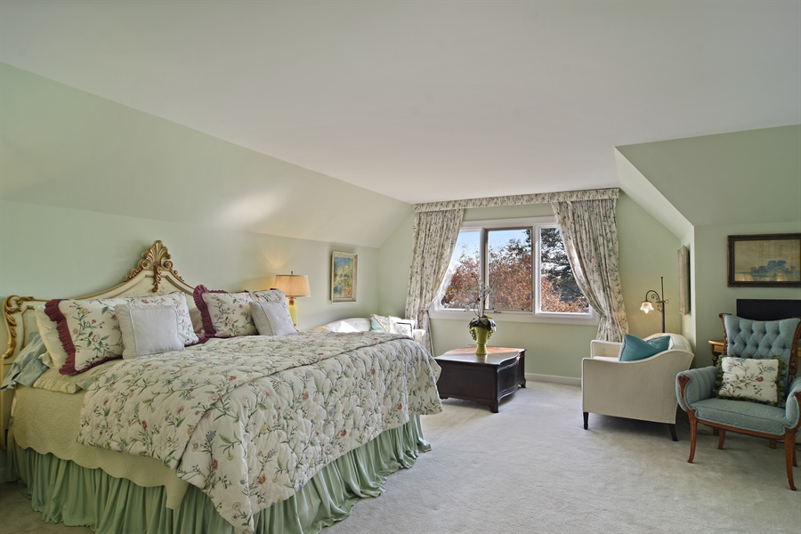Real Estate Photography - 1411 Carlisle Drive, Barrington, IL, 60010 - 2nd Bedroom