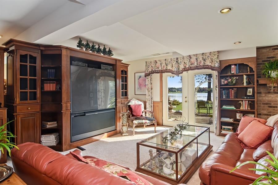 Real Estate Photography - 1411 Carlisle Drive, Barrington, IL, 60010 - Lake Level Recreation Room