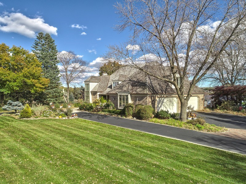 Real Estate Photography - 1411 Carlisle Drive, Barrington, IL, 60010 - Driveway and Garage