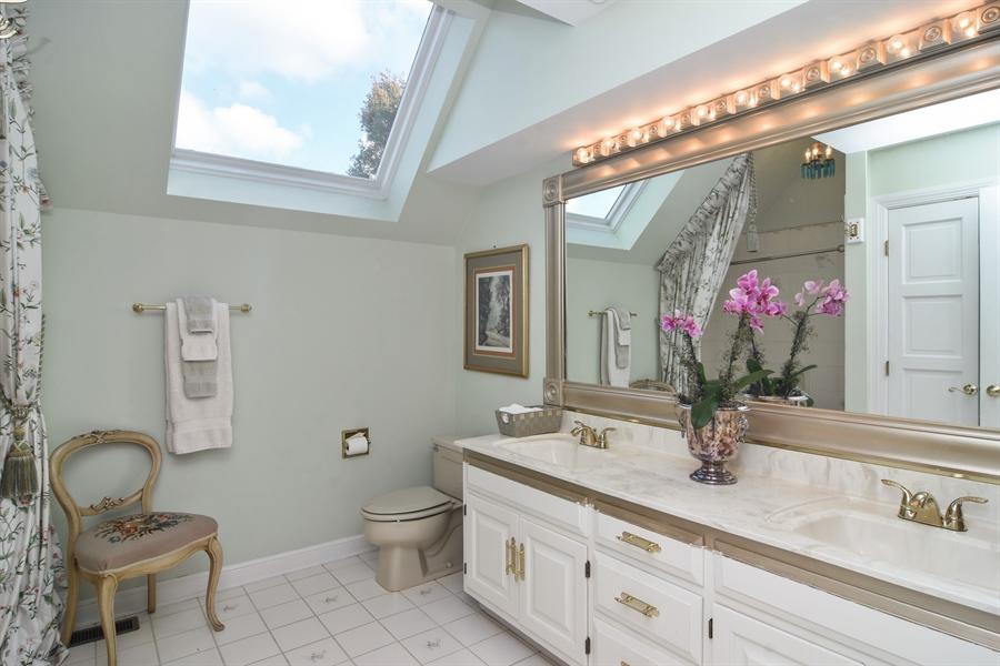 Real Estate Photography - 1411 Carlisle Drive, Barrington, IL, 60010 - Jack n Jill Bathroom