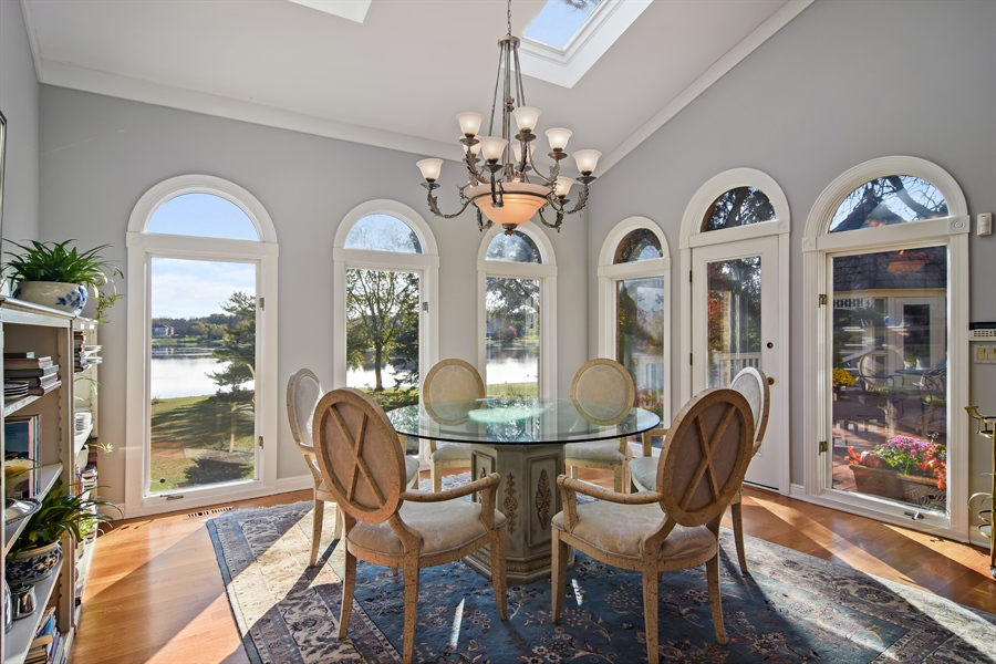 Real Estate Photography - 1411 Carlisle Drive, Barrington, IL, 60010 - Breakfast Room