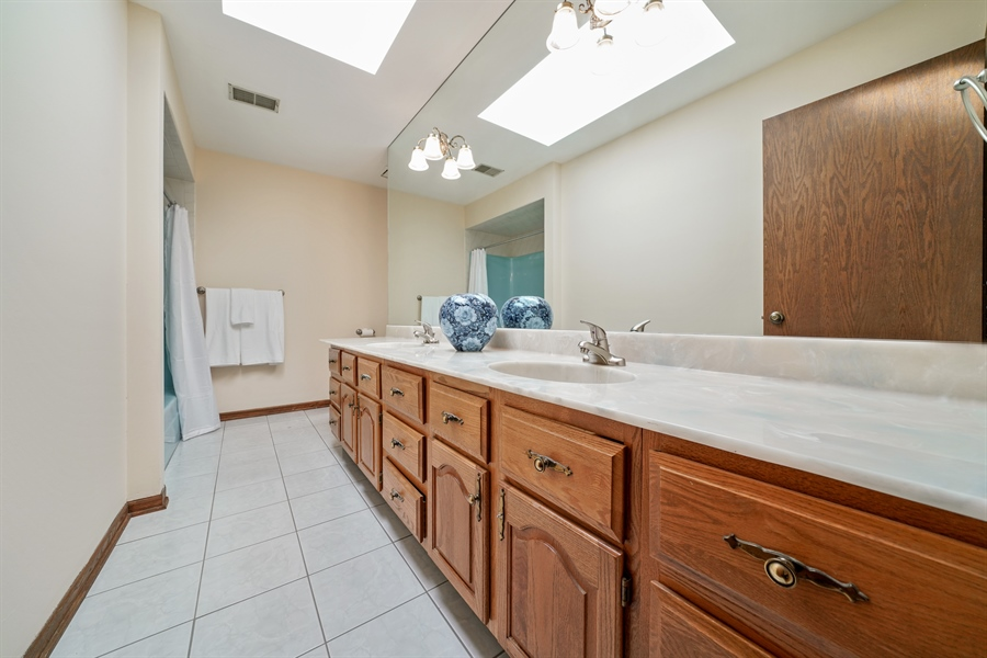 Real Estate Photography - 46 Windsor Drive, Oak Brook, IL, 60523 - 4th Bathroom