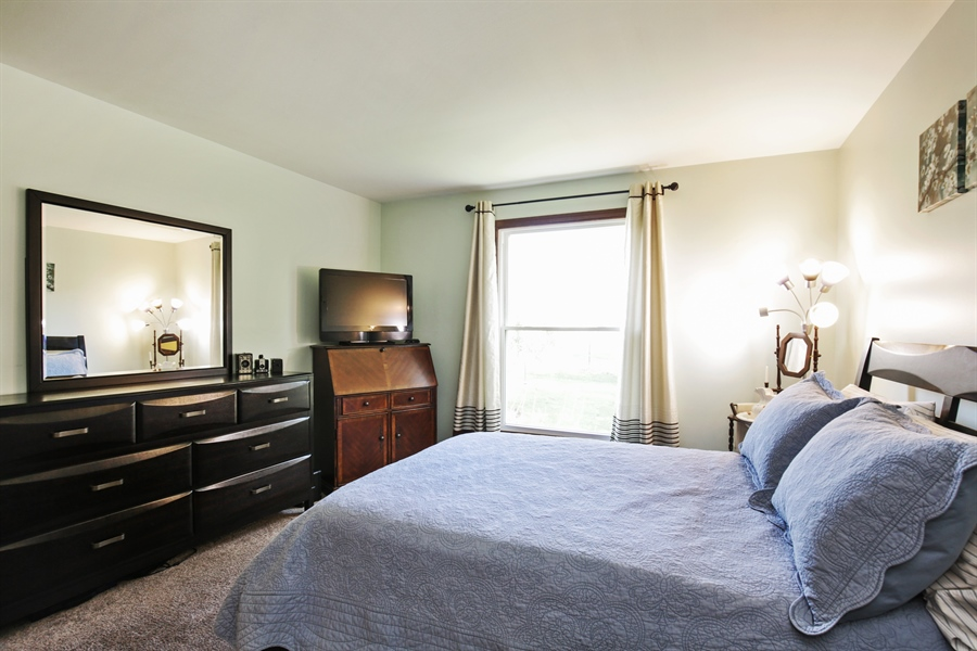 Real Estate Photography - 1715 Riverwood Drive, Algonquin, IL, 60102 - 2nd Bedroom