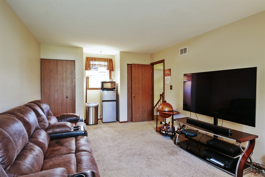 Real Estate Photography - 1715 Riverwood Drive, Algonquin, IL, 60102 - 3rd Bedroom