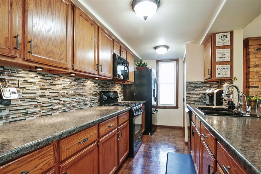 Real Estate Photography - 1715 Riverwood Drive, Algonquin, IL, 60102 - Kitchen