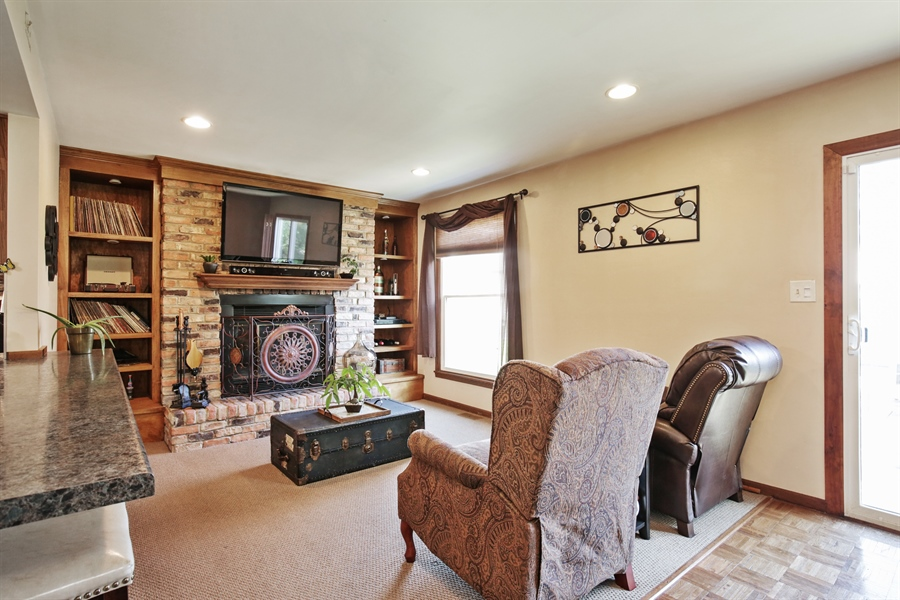 Real Estate Photography - 1715 Riverwood Drive, Algonquin, IL, 60102 - Family Room
