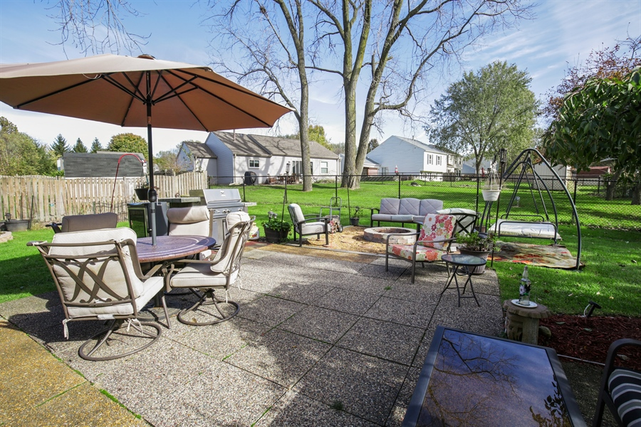Real Estate Photography - 1715 Riverwood Drive, Algonquin, IL, 60102 - Patio