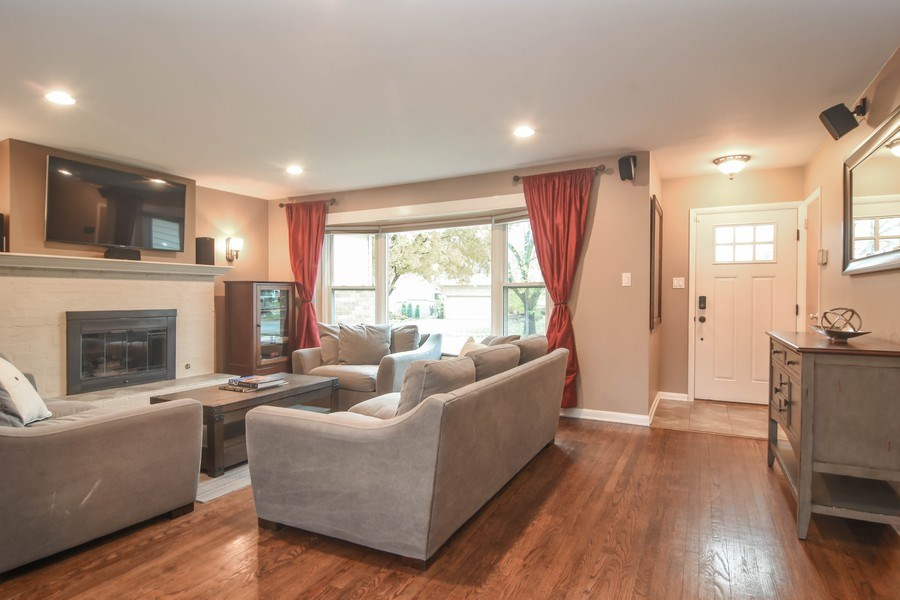 Real Estate Photography - 1327 E. Norman Drive, Palatine, IL, 60074 - Living Room